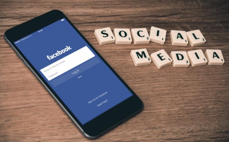 social_media_facebook_cell_phone_scrabble-104780