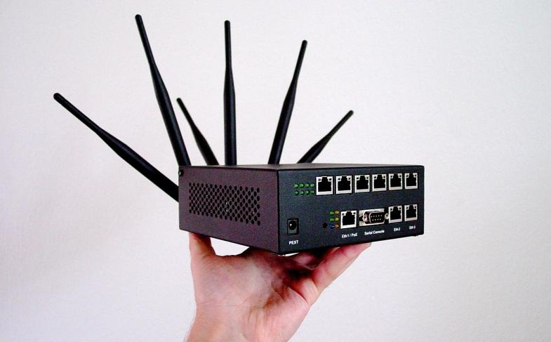 1280px-Slurpr_Prototype_Wifi