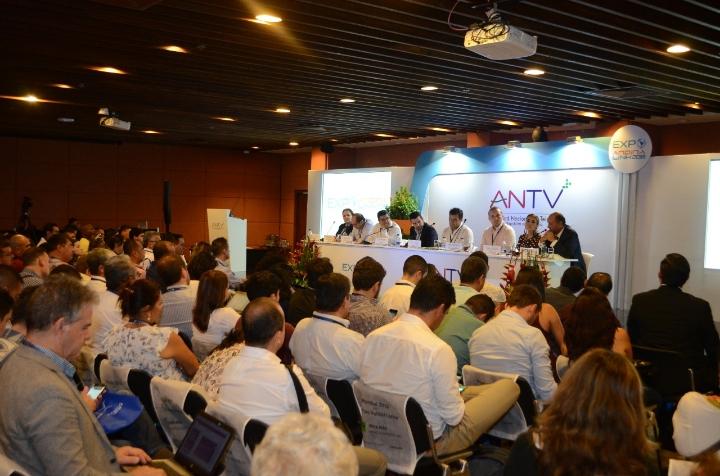 socialización regulacion tv comunitaria65