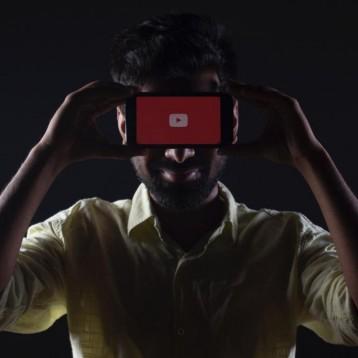 El cambio de algoritmo de YouTube que preocupa a los expertos