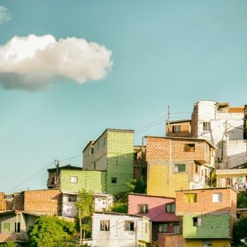 Brecha digital: El Lastre en el crecimiento económico de América Latina